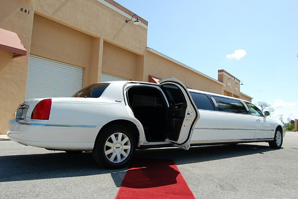 Irving Lincoln Limos Rental