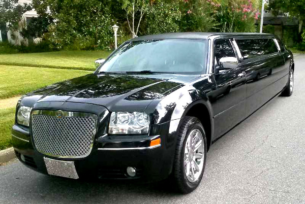 Irving Texas Chrysler 300 Limo
